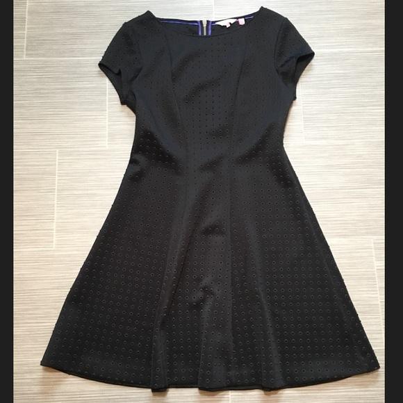 f680f664f615 Ted Baker Black rizzo Skater dress. M 5b7644f174359ba80e1a28cf